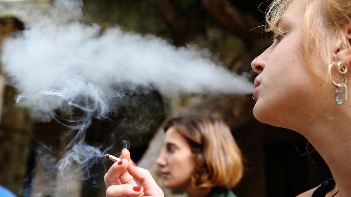 Aumenta un 6,5% las muertes por cáncer de pulmón en mujeres en los últimos cinco años