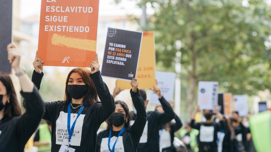 Caminando por Libertad en Zaragoza contra la trata de personas