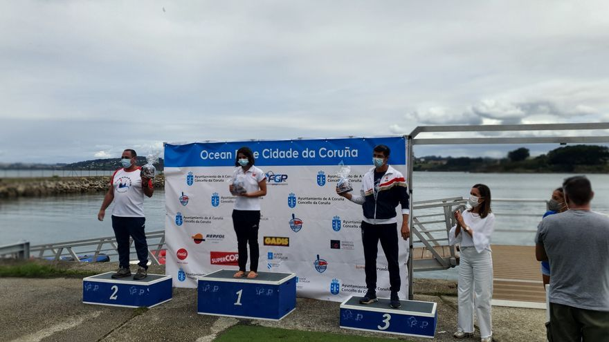El Club Kayak Vigo domina la IV Ocean Race de A Coruña