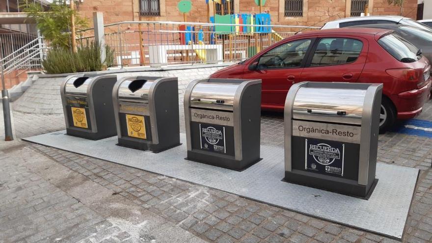 Epremasa ultima la renovación de los contenedores soterrados de Montoro