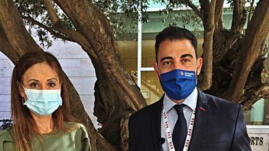 Aparicio pide en València una solución a la «invasión» del cactus de Arizona