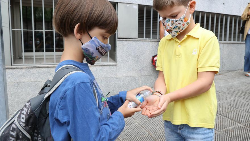 El TSXG avala el uso de mascarillas en los colegios gallegos