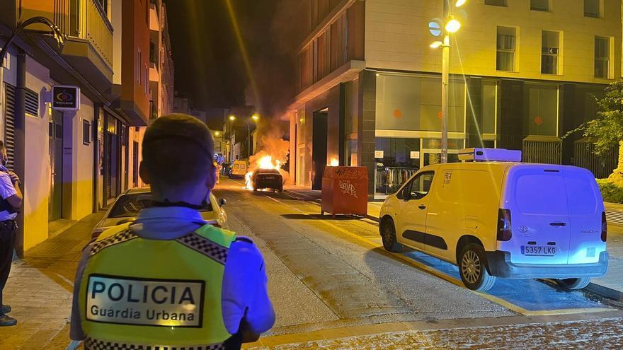 Crema un cotxe al barri de l'estació de Figueres