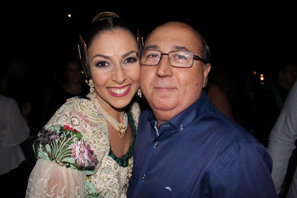 María Uríos y su padre, el artista fallero Fernando Uríos.