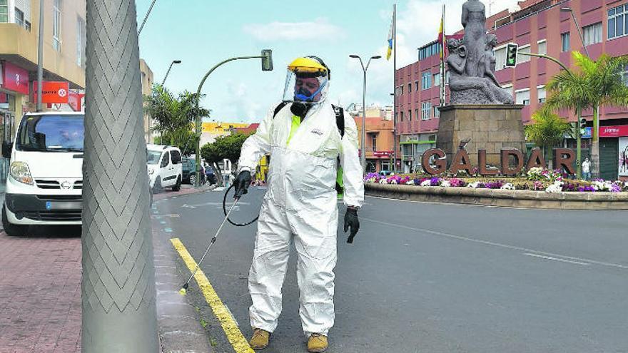 Canarias suma un total de 181 sanitarios contagiados por COVID-19