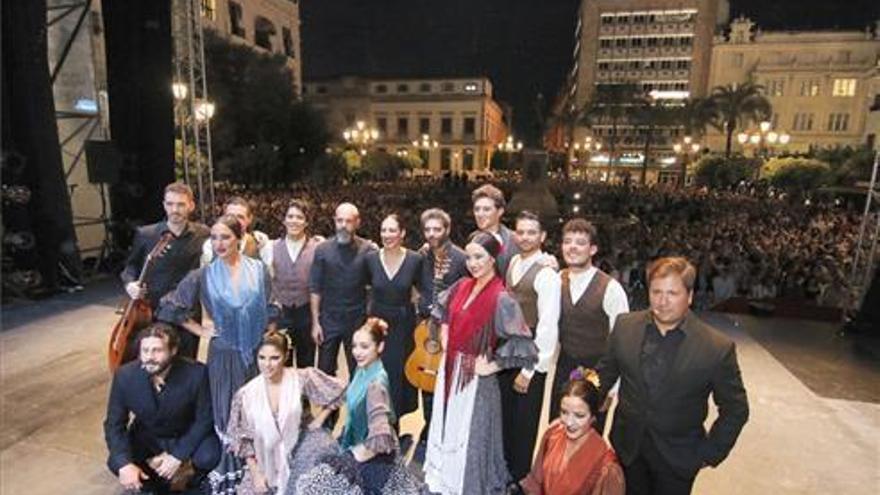 """El Ayuntamiento destaca el """"respaldo del público"""" a la Noche Blanca del Flamenco"""