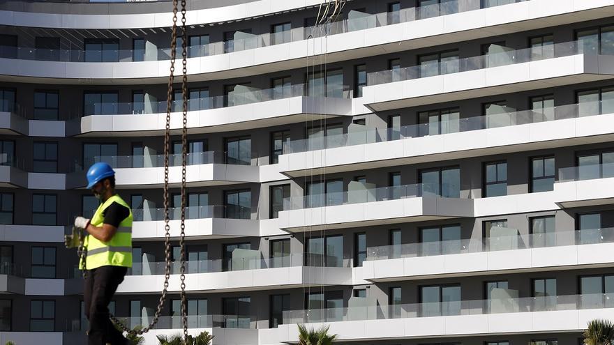 Málaga recupera el ritmo de visado de nuevas viviendas y dispara la cifra de pisos terminados