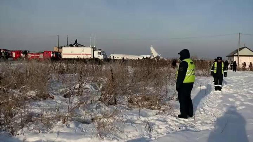 Al menos 12 muertos en un accidente aéreo en Kazajistán