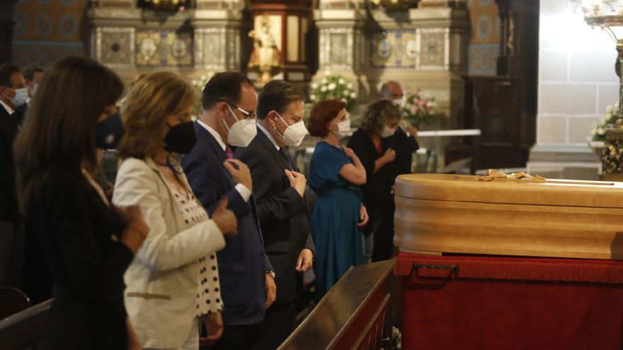 "Adiós a Santos Muñoz, un ""trocito"" de Oviedo"