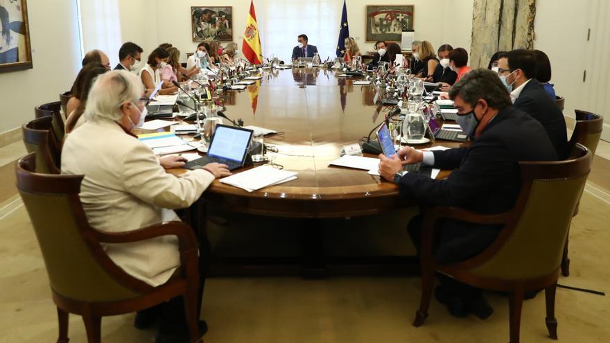 El govern espanyol declara zona catastròfica Catalunya i dotze comunitats que han patit incendis greus durant l'estiu