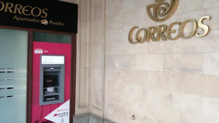 Correos instala dos cajeros automáticos en Palma