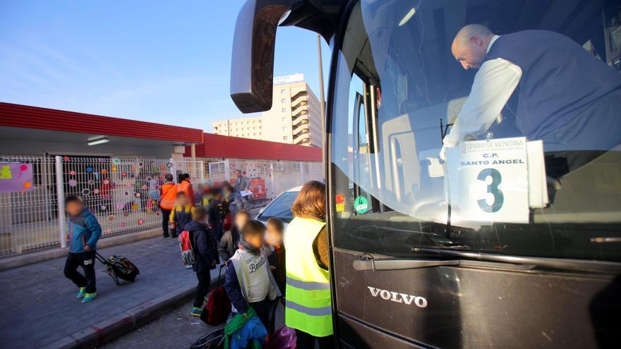 El protocolo anticovid para la 'vuelta al cole' empieza en el autobús