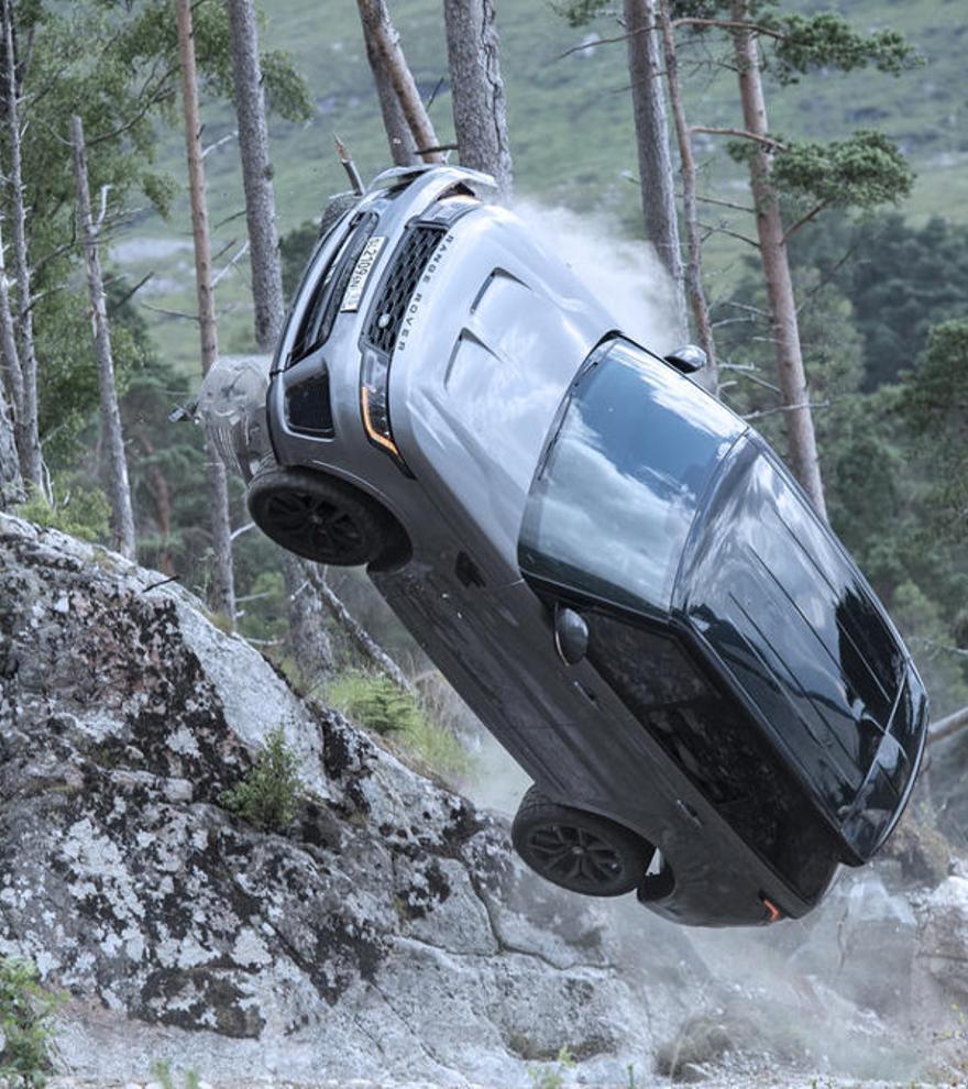Imágenes inéditas del Range Rover Sport SVR en la nueva película de James Bond