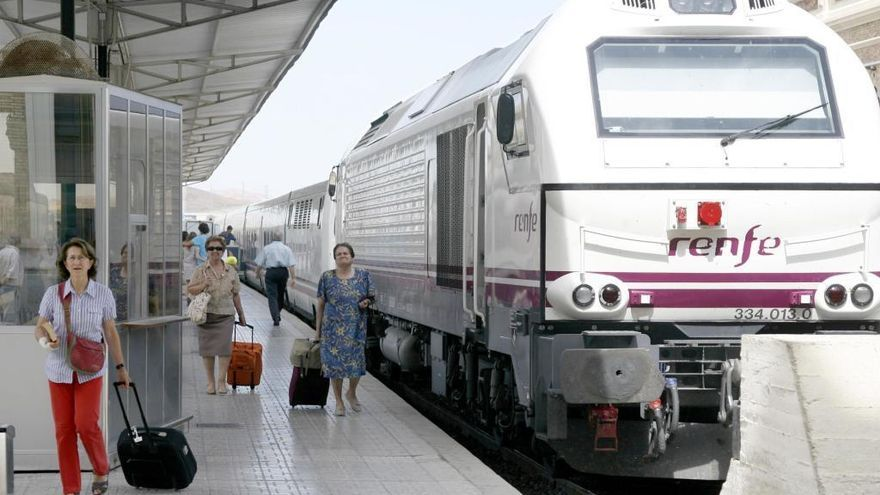 Obras en la vía Murcia-Cartagena obligan a hacer el trayecto en autobús