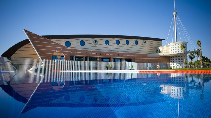 Torrevieja invertirá 555.000 euros en nueve meses para recuperar las escuelas deportivas