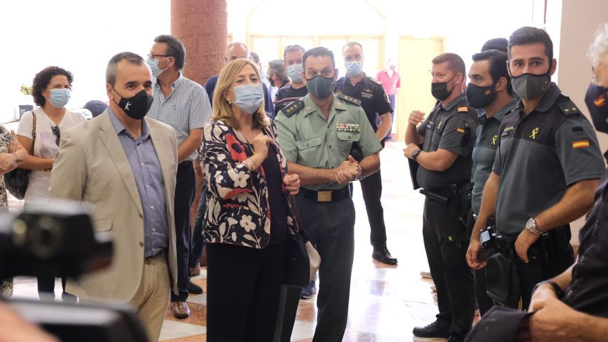 La Guardia Civil destina 170 agentes hasta enero para luchar contra los robos de uva de mesa
