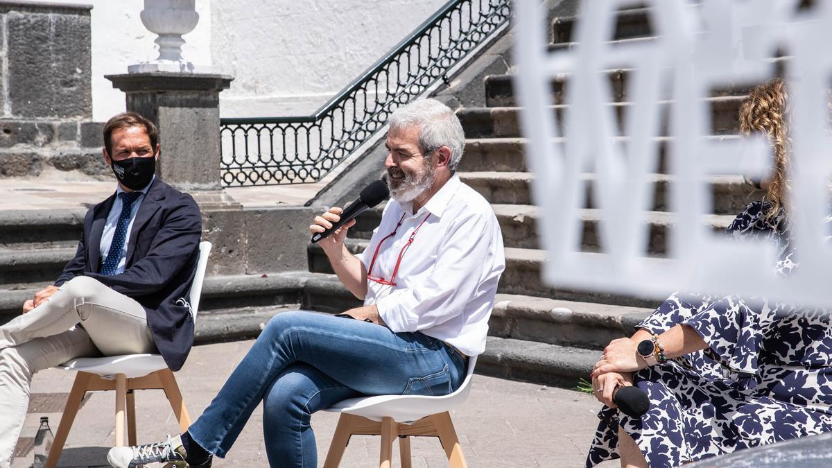El diseñador Lorenzo Caprile, en la presentación de 'La Palma Fashion Week'.