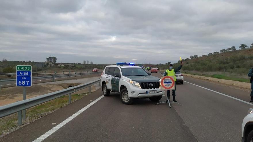 La Junta solicita el cierre de Bienvenida y Monesterio y vigila Almaraz