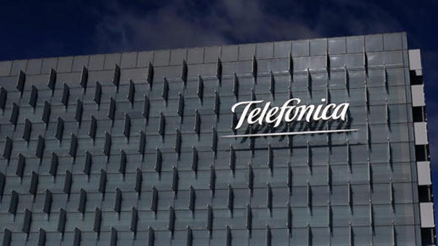 Telefónica reduce beneficios y gana un 42,1% menos