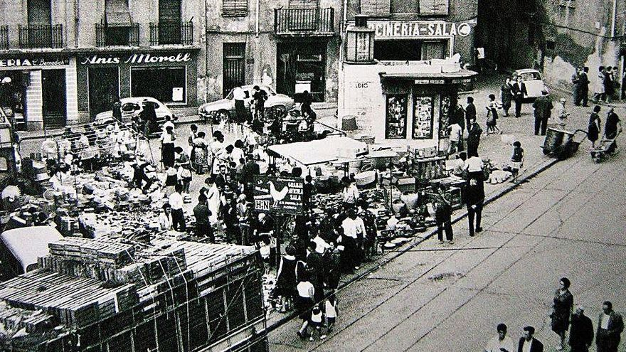 La plaça dels Infants va ser edificada sobre el conegut com «camp dels morts»