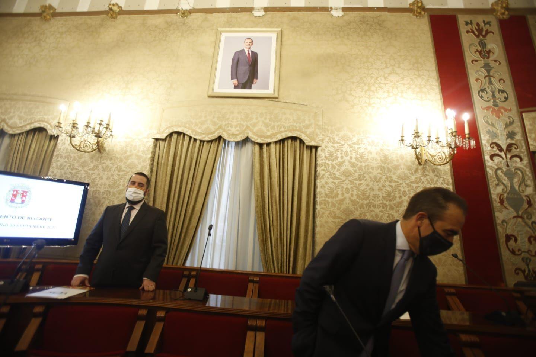 Pleno semi presencial del Ayuntamiento de Alicante