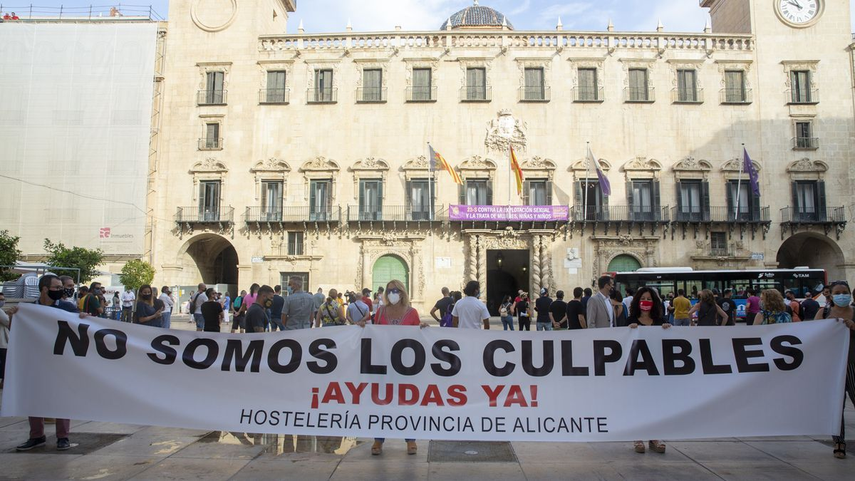 Una reciente protesta del sector frente al Ayuntamiento
