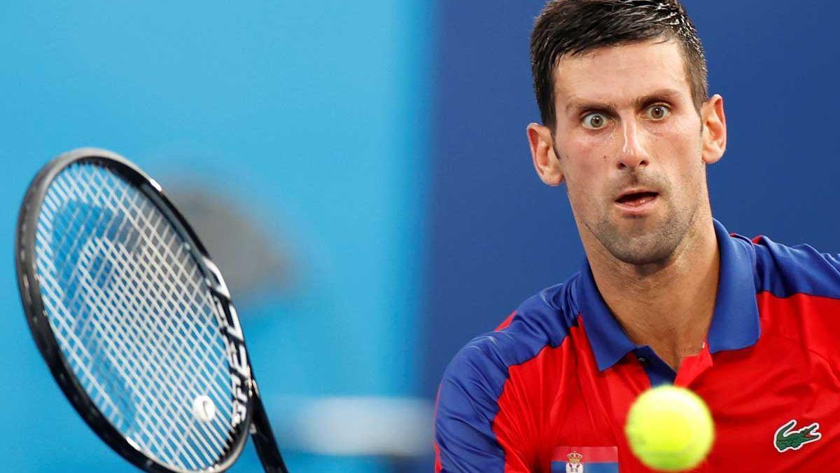 Djokovic, durante su partido ante el español Davidovich. / EFE