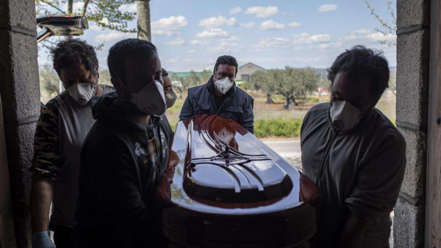 Jornada negra: Zamora alcanza las 100 muertes por coronavirus en hospitales y bate el récord de contagios diarios con 89