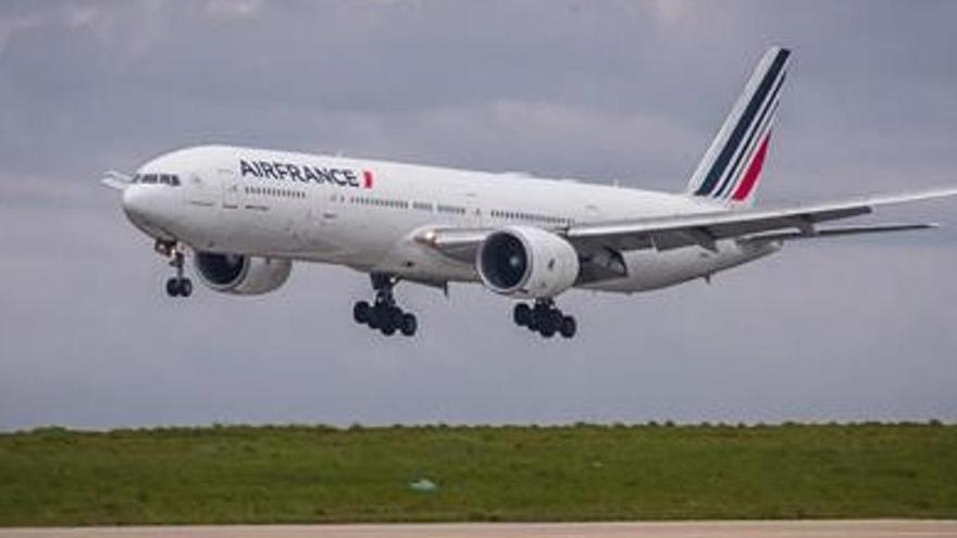 França aprova la supressió de vols que es puguin fer en tren