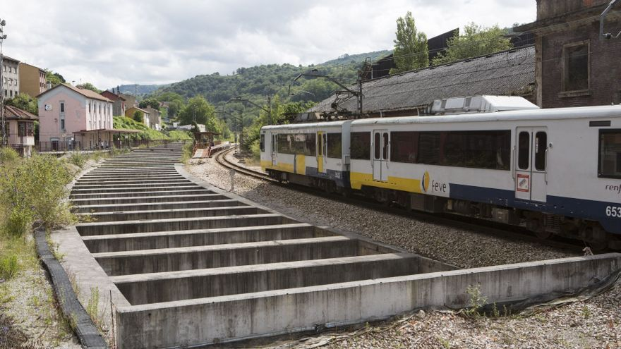 El Principado aprueba el nuevo convenio para culminar el soterramiento de las vías de Feve en Langreo