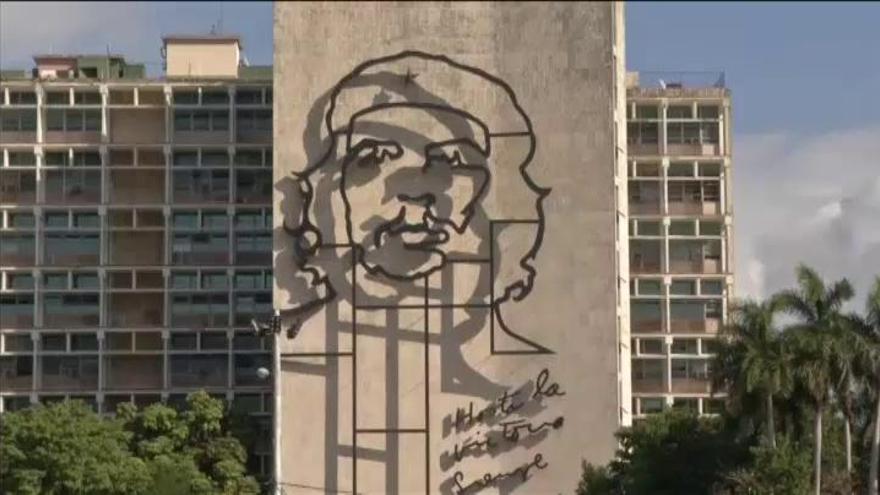 Luto e incertidumbre en Cuba tras la muerte de Fidel Castro