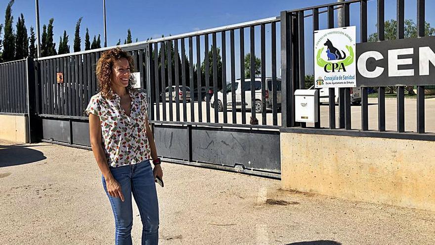 Orihuela debe 26.000 euros a la gestora del centro de protección animal