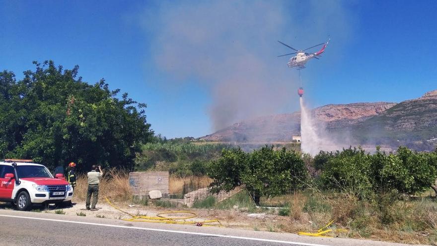 Incendios en la Marina Alta: vuelve a arder la Rana de Gata y se declaran fuegos en Xàbia y Orba