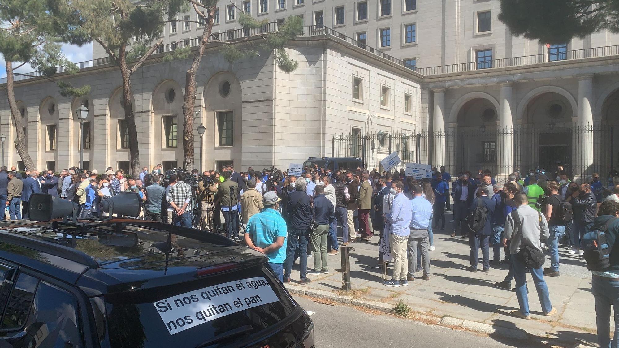 Los regantes defienden el trasvase en Madrid