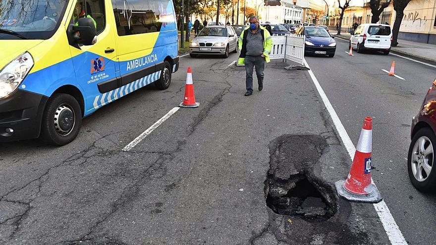 La avenida do Porto se abrirá al tráfico el viernes, tras el arreglo del socavón