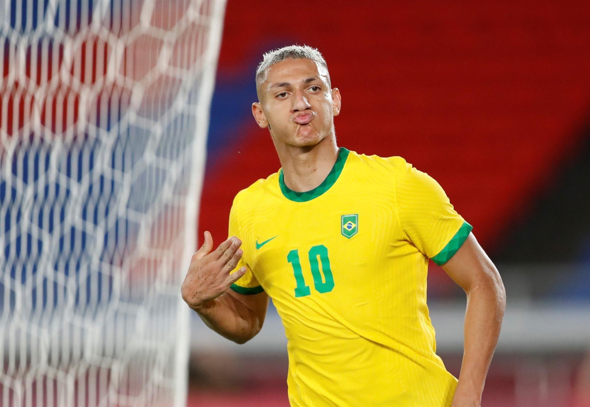 Brasil golea a Alemania en el arranque de los Juegos