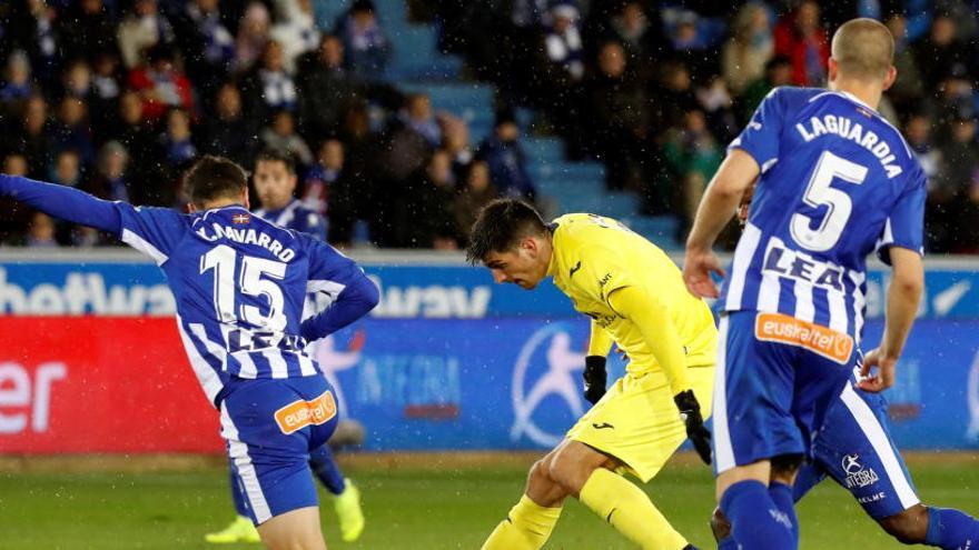 El Alavés se crece y remonta a un acomodado Villarreal