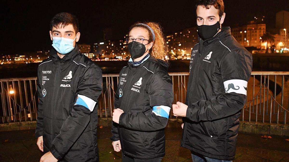 Dani López, Luchi Paz y Dava Torres, capitanes de los equipos del Liceo de OK Liga, Liga Gallega femenina y OK Liga. |  // CARLOS PARDELLAS