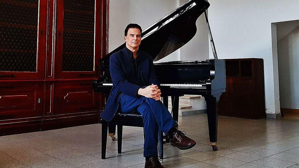 El compositor vigués Eduardo Soutullo, en una fotografía tomada en Roma.
