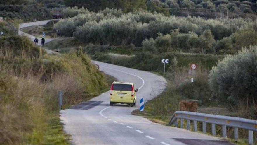 La Diputació ampliará la carretera a Beniatjar para mejorar la seguridad vial