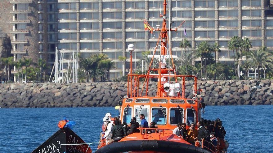 Trasladan a Arguineguín a otros 78 migrantes rescatados de tres pateras