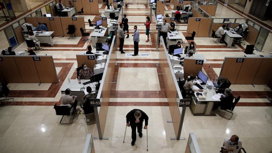 Hacienda devuelve 68,2 millones de euros en dos días de campaña de la renta