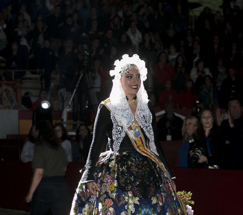 Aleida González, Bellea del Foc 2018 tras su discurso de despedida.