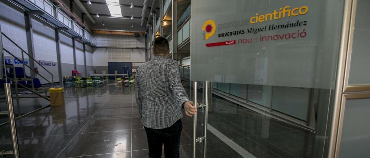 Las instalaciones del Parque Científico de la Universidad Miguel Hernández acogen en la actualidad a 74 empresas.
