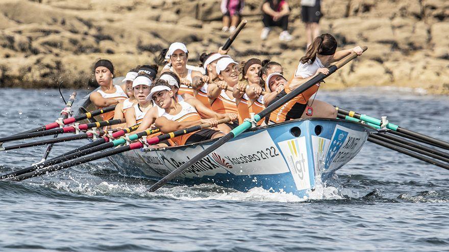 Cabo de Cruz y Ares, en hombres, y Chapela, en mujeres, a la final de La Concha