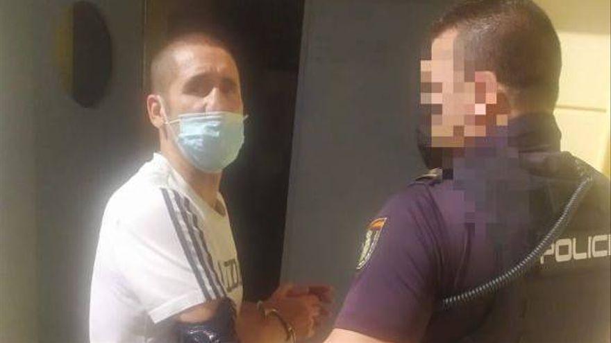 Prorrogan la detención del exboxeador Poli Díaz por dar una paliza a su mujer