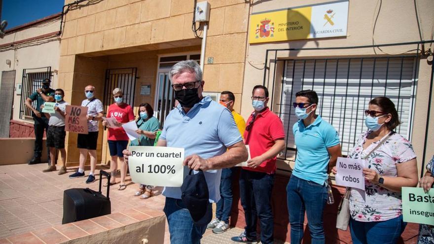 La última oleada de robos lleva a los vecinos de la zona norte y oeste de Cartagena a exigir más efectivos