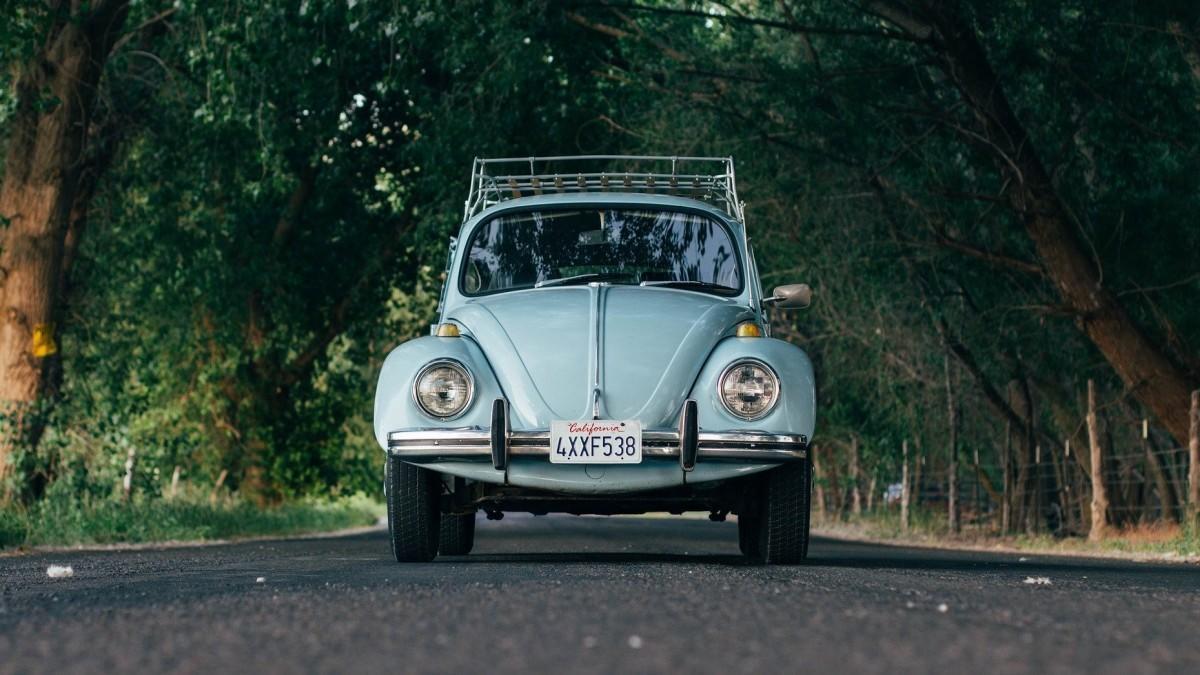Estas son las diferencias entre los coches viejos, clásicos e históricos