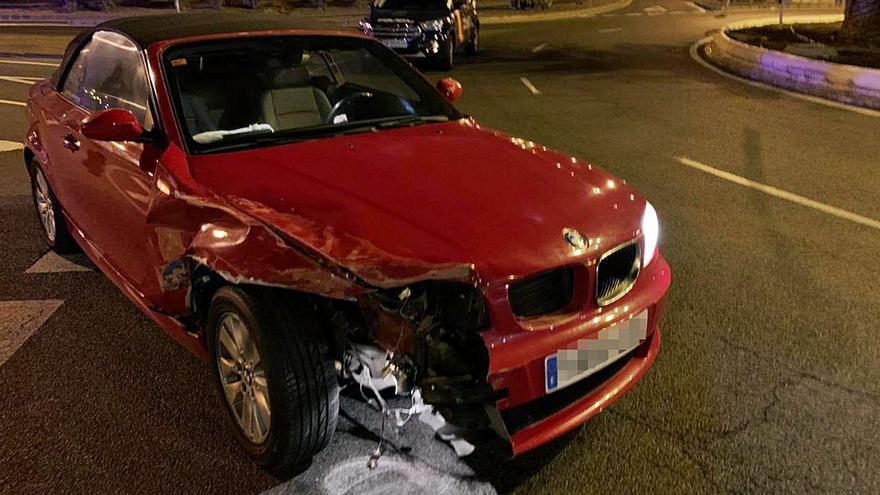 El joven que originó una persecución robó el coche en la prueba para comprarlo