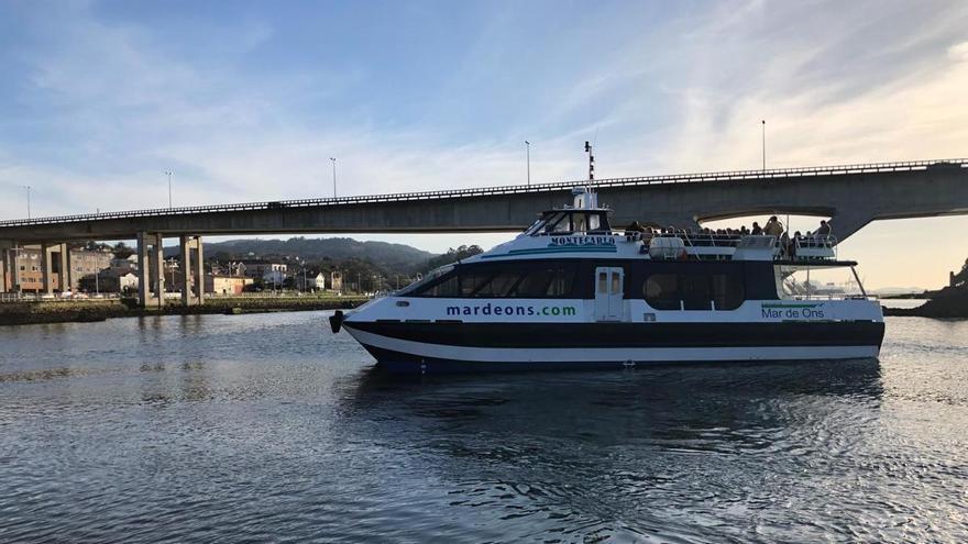Mar de Ons estrena el servicio Pontevedra-Ons